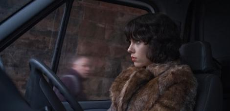 undertheskin_review.jpg